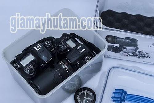 cách dùng hộp chống ẩm cho máy ảnh